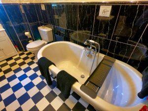 Arran Suite Bathroom, rolltop bath