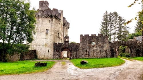 Saddell Castle, the archway on the right leads to Saddell Bay